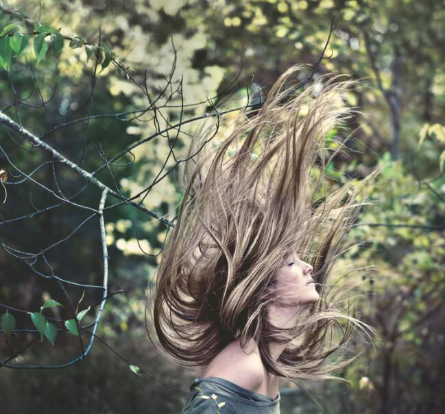cheveux au vent - Keranat™
